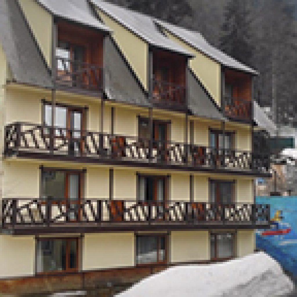 Отель Наступ